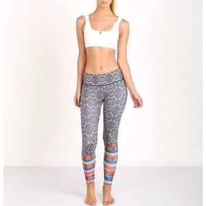 Onzie Long Graphic Legging Tribal, size xs